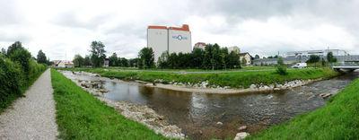 Grünflächen in der Stadt durch Renaturierung der Glan in Salzburg