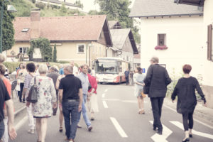 Engstelle B151 / Vernissage 2016 / PERSPEKTIVEN ATTERSEE (Foto Lukas Maul)