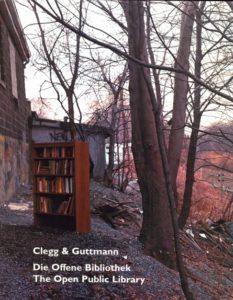 """Katalog Clegg & Guttmann """"Die Offenen Bibliothek"""". Foto: Claus Friede"""