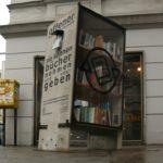 Bücherschrank in Wien, Zieglergasse/Westbahnstraße. Foto: Frank Gassner, CC BY-SA 3.0