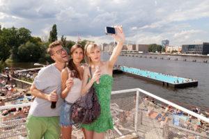 Badeschiff Berlin; Wasser in der Stadt; Wasser und Stadt; Stadtstrände