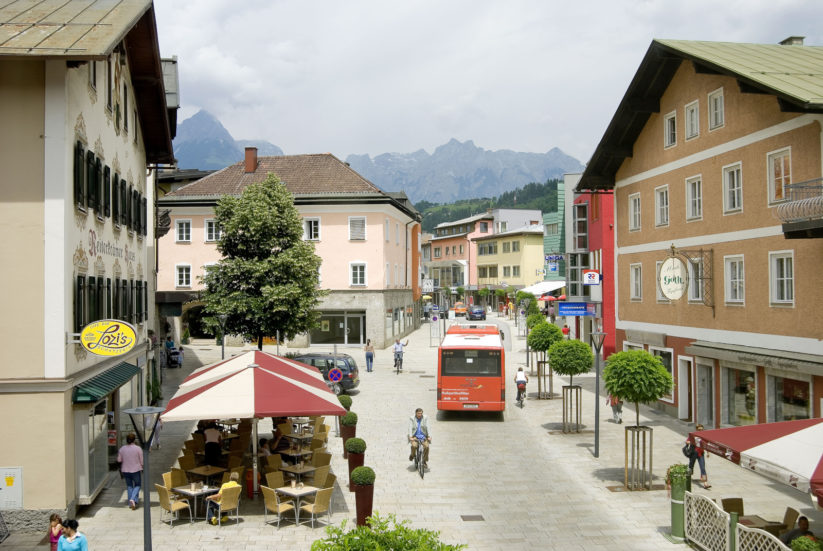 Die Begegnungszone in Bischofshofen hat das Ortszentrum neu belebt.