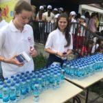 Freiwillige beim Sommercamp (c) Bauern helfen Bauern