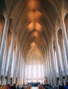 Chorkonzert im Dom von Reykjavik. Quelle: Pixabay (CC0 Creative Commons)