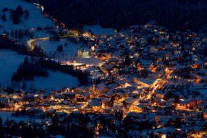 Nachtaufnahme von Seefeld (c) Olympiaregion Seefeld