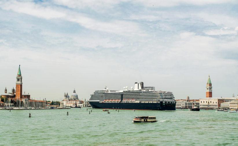 Übertourismus Kreuzfahrtschiffe in Venedig