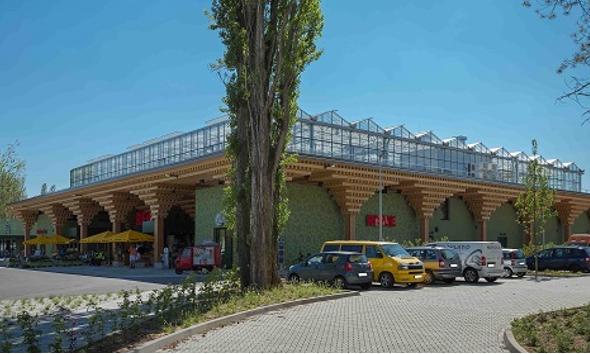 REWE hat nun die erste Dachfarm eröffnet.